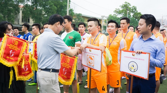 hinh-anh-khai-mac-giai-bong-da-vars-cup-2018-3