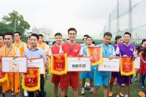 Địa Ốc 5 Sao vào vòng tứ kết giải bóng đá VARS CUP – 2018