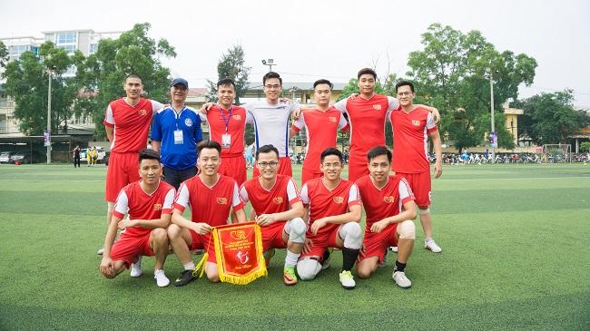 hinh-anh-khai-mac-giai-bong-da-vars-cup-2018-4