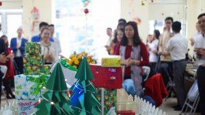 Noel yêu thương tại gia đình Địa Ốc 5 Sao