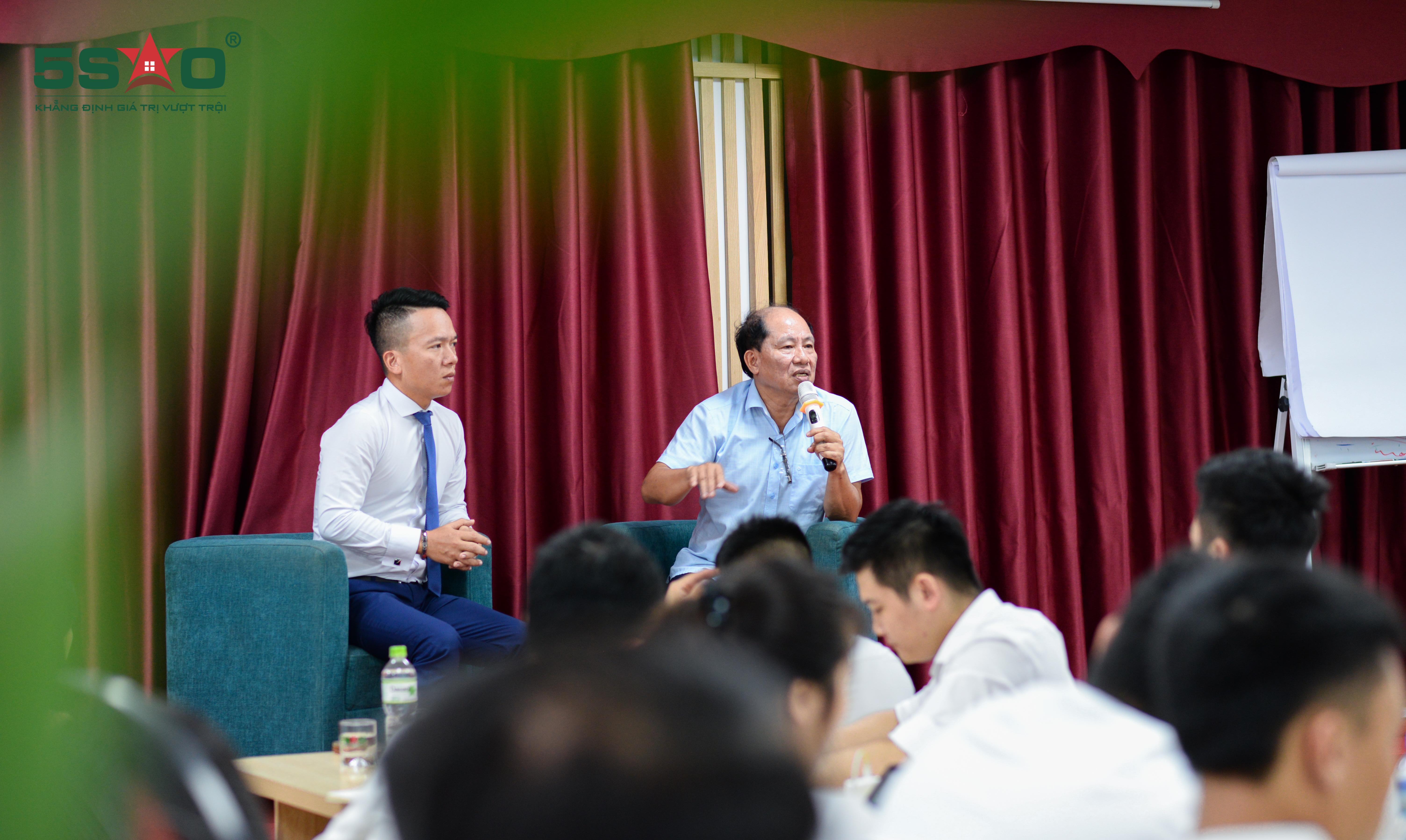 """Marketing doanh nghiệp từ hành trình """"biến quà vặt thành tinh hoa"""" của CEO ô mai Hồng Lam"""