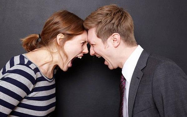 Xây nhà hướng tuyệt mệnh vợ chồng bất hòa